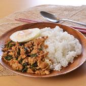 148183 ガパオ(鶏肉の辛口バジル炒め)