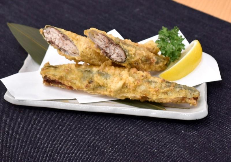 秋刀魚の1本唐揚げ