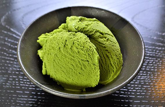 極みの抹茶アイスクリーム(京都産特選抹茶使用) 2L