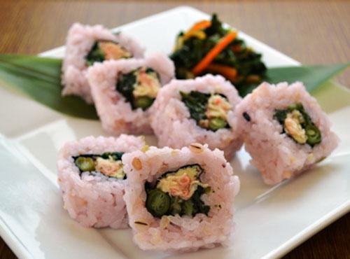 雑穀米ロール寿司(蒸し鶏と梅しそ)15個